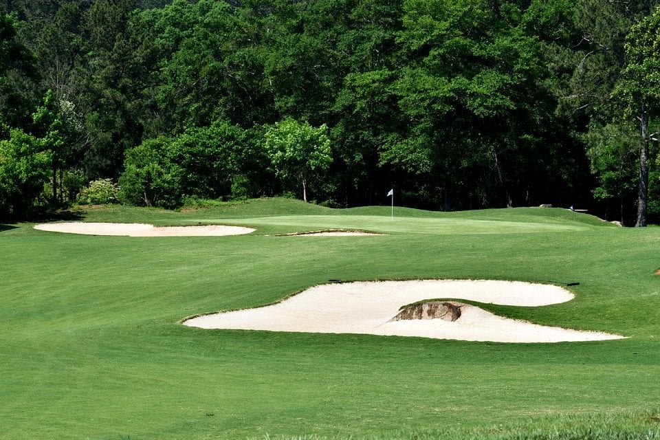 4 Benefits of Hiring a Golf Course Management Company